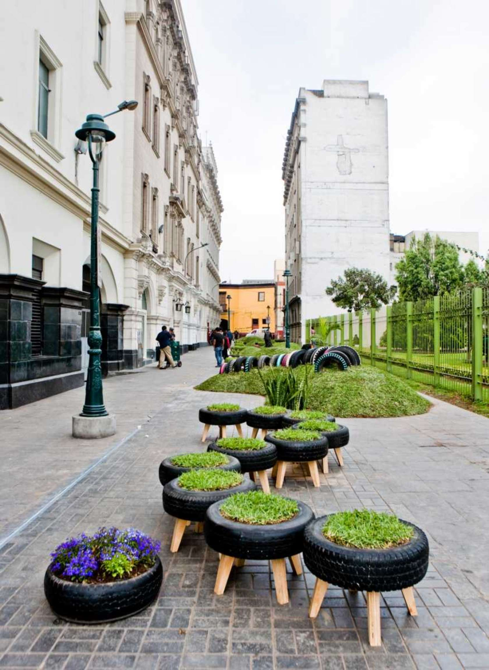 tire stool planter
